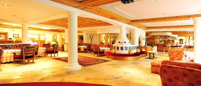 Alpenhotel Kindl, Neustift, Austria - Lobby lounge.jpg